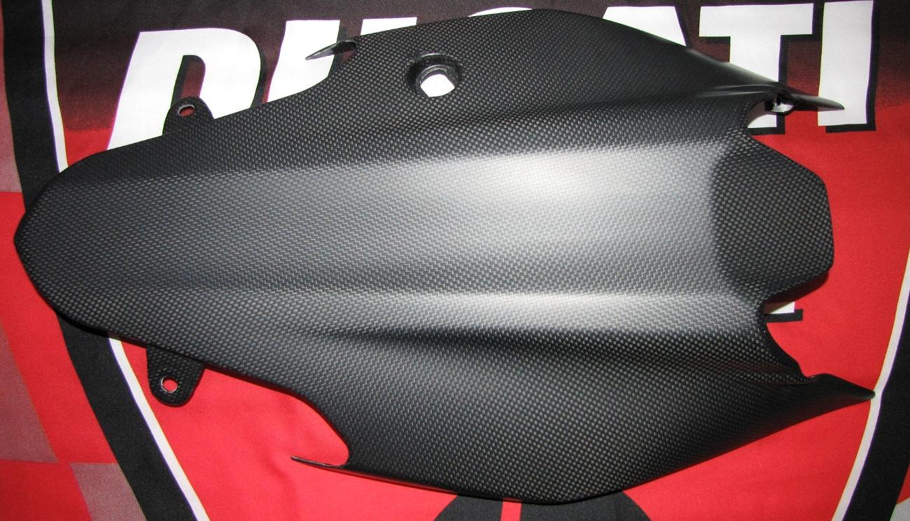 Passend für Ducati 1200 Monster ab2014 Echt Carbon fein Matt Heck Unterverkleidu