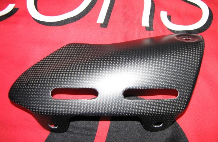 Passend für Ducati 1200 Monster ab2014  Echt Carbon fein Matt Auspuff Abdeckung