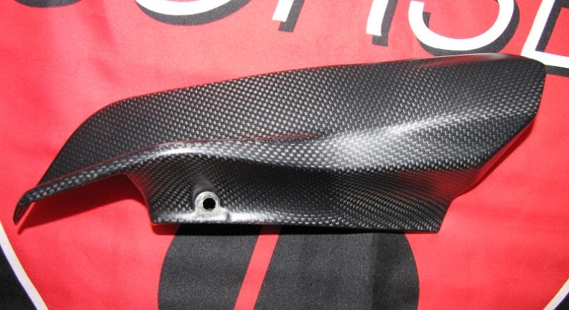 Passend für Ducati 1200 Monster ab2014  Echt Carbon fein Matt Abdeckung Verkleid