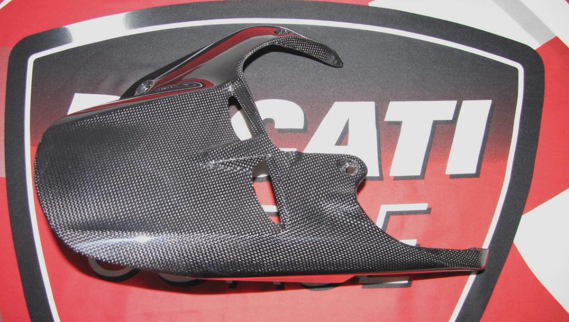 Für Ducati XDiavel Echt MH Carbon fein Hinterradabdeckung