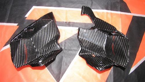 Passend für KTM Superduke R Super Duke 990 ab2007  Echt Carbon Seitenteile innen