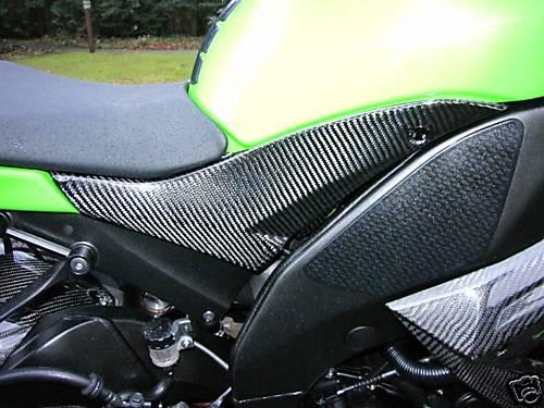 Passend für Kawasaki ZX10R Echt Carbon Tank Seitenteile Verkl. 08