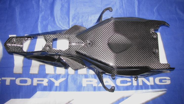 Passend für Yamaha RN32 R1 2015 Echt Carbon Heck Unterverkleidung