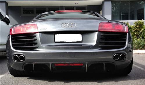 Passend für Audi R8 Echt Carbon Matt Abdeckunng Heck Diffusor GT Style Coupe V8